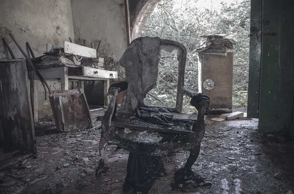Foto misteriose di luoghi abbandonati