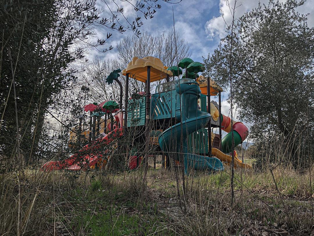Il Luna Park Abbandonato sul Lago