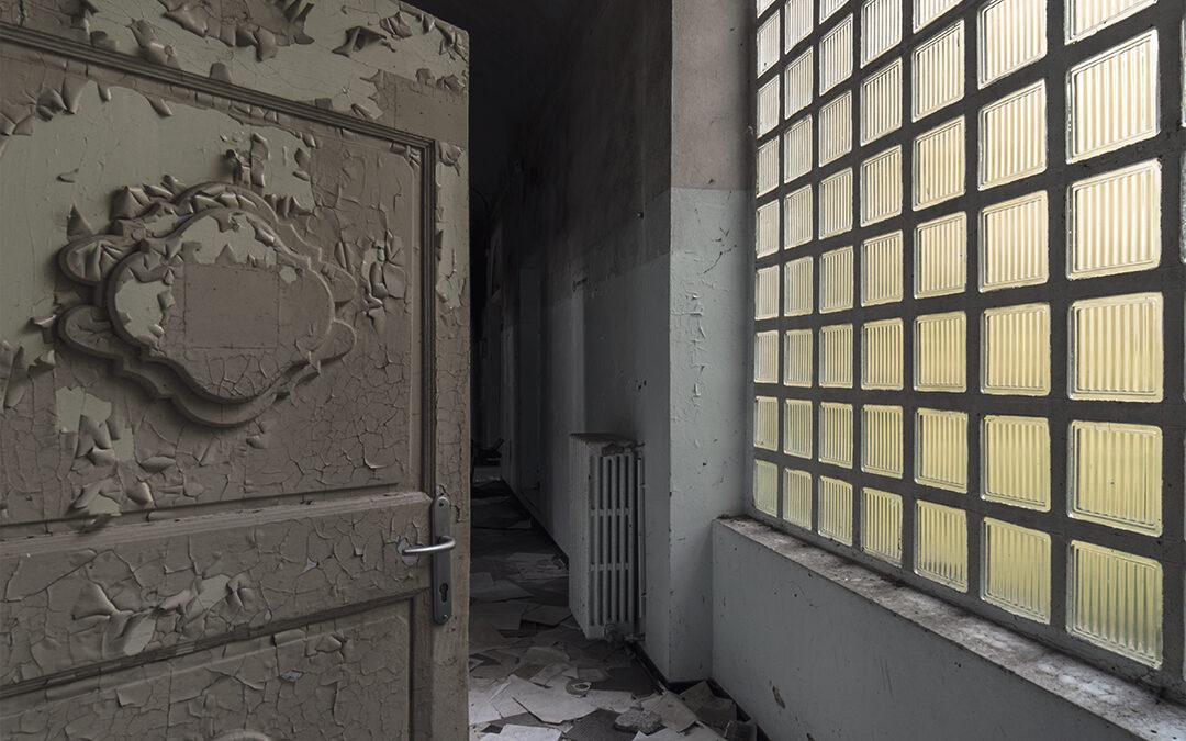 Nei Labirinti della Mente: Ospedale Psichiatrico Abbandonato